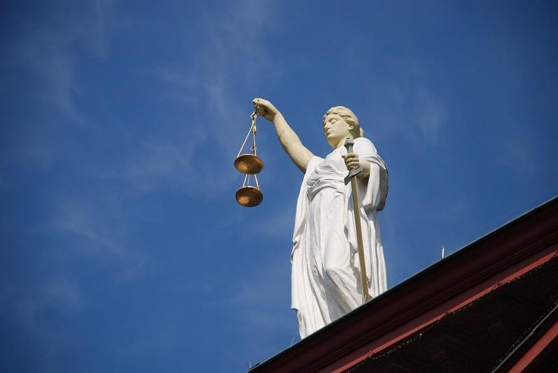 Les rôles et les missions d'un huissier de justice