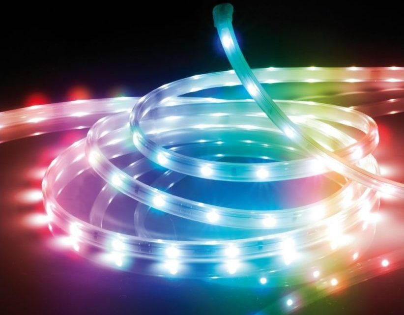 Ruban LED submersible RGB – une ambiance festive