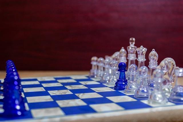 Jeu de dames : les variantes du jeu à connaître pour les débutants